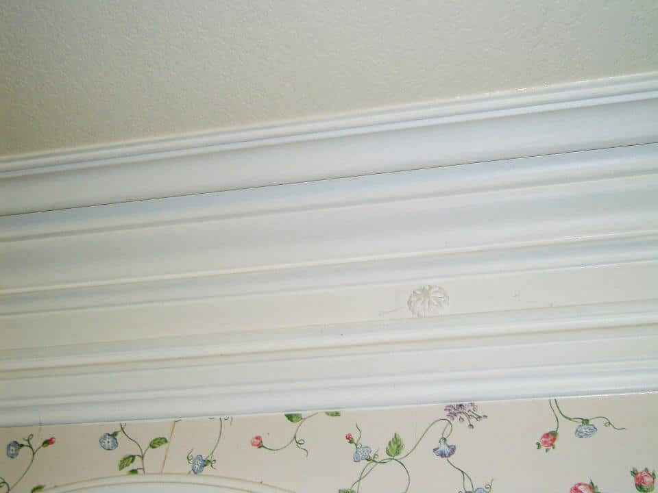 crown-molding-custom-designs