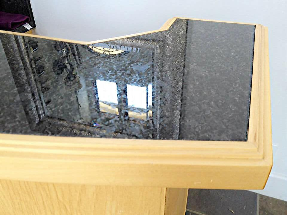 embedded-granite-bar-counter-top